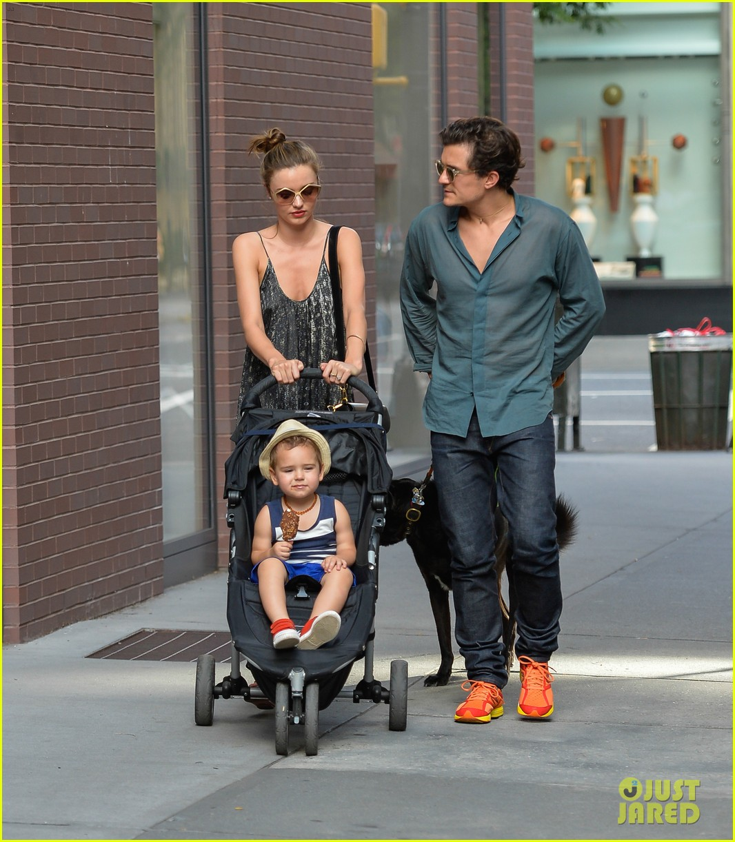 Orlando Bloom Fashion and Style | The Confused Dasher Orlando Bloom And Miranda Kerr Baby Flynn 2013