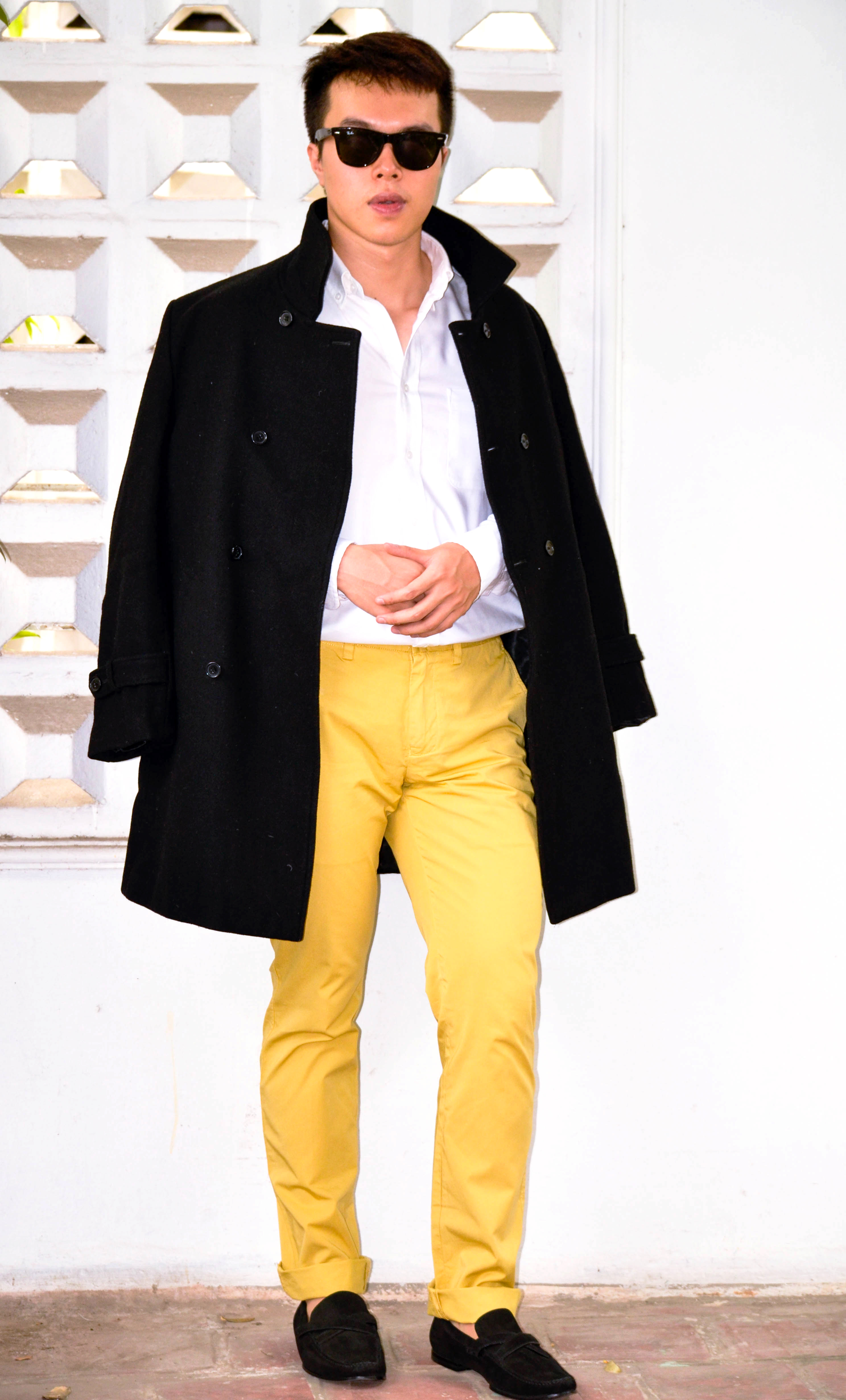 How Men Wear Yellow Pants | The Confused Dasher