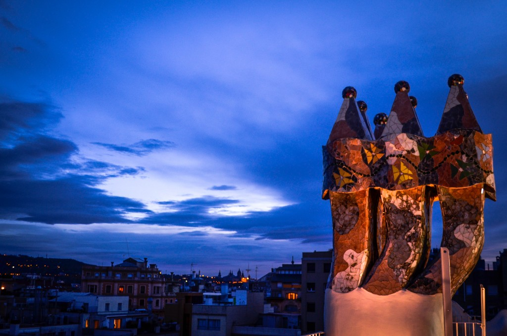 Casa Batllo ceiling, confused dasher, ultimate guide to gaudy architecture in barcelona, barcelona 3 day itinerary, 10 best things to do in Barcelona