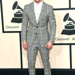 Thumbs Up: Nick Jonas In Versace At 2015 Grammys