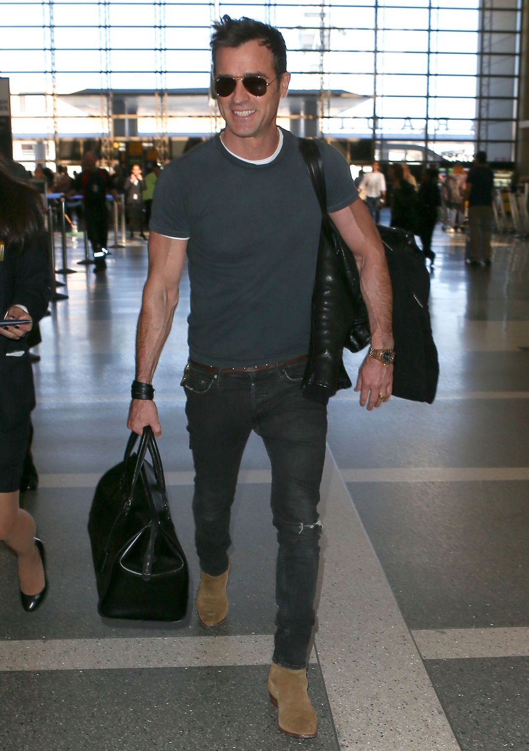 Airport Dressing Lesson Justin Theroux At Lax