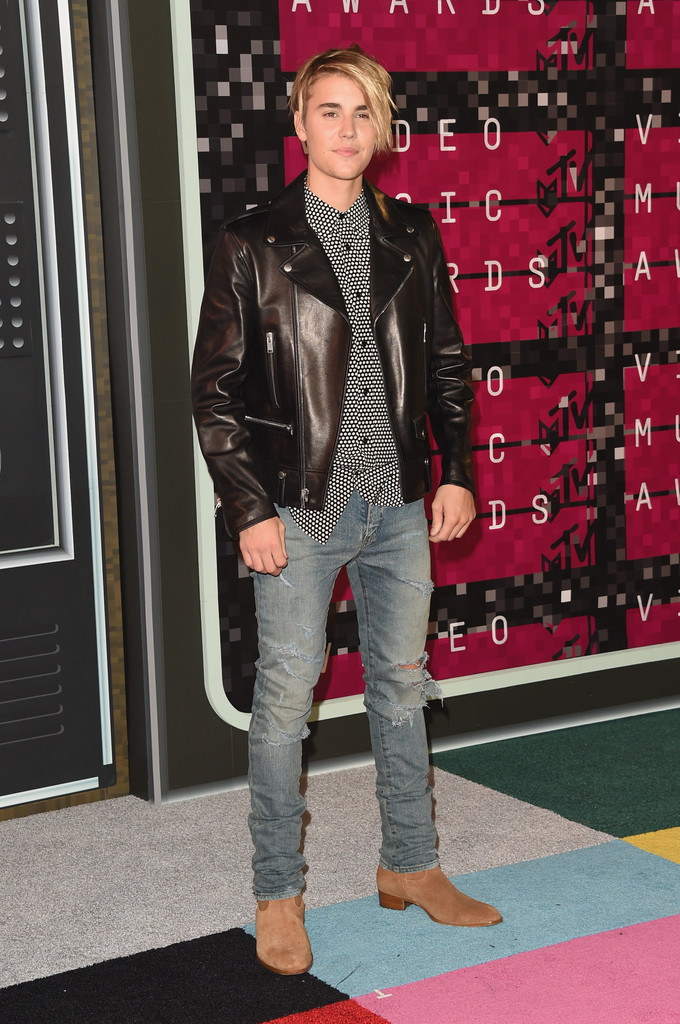 Justin Beiber RedCarpet Style The Confused Dasher - Justin bieber new hairstyle vma