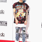 Very Ridiculously Dressed at 2015 AMAs: Justin Beiber in…whatever